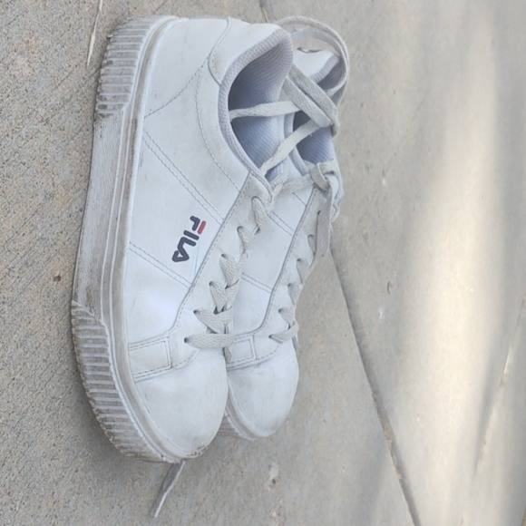 Fila Shoes | Plain White S | Poshmark